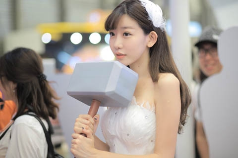 CJ最美女雷神 ShowGirl小林志玲陈潇