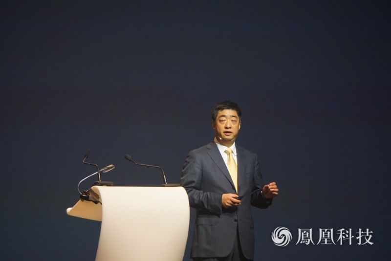 华为轮值CEO胡厚崑:2020年宽带网络是这样的