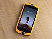 """水土不""""服"""" AGM A1三防旅行手机评测"""