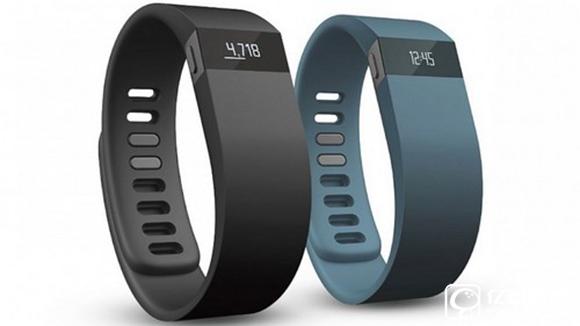 Fitbit智能手表将添加支付功能 叫板Apple Pay