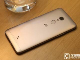 中兴小鲜4和360手机N4S区别对比评测