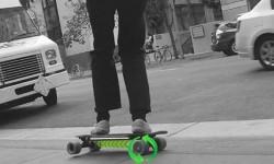 全世界先进的Acton Blink电动滑板   堪称滑板界的奥迪quattro