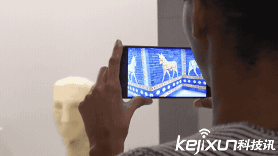 谷歌AR手机现强大功能 给木乃伊拍个透视照