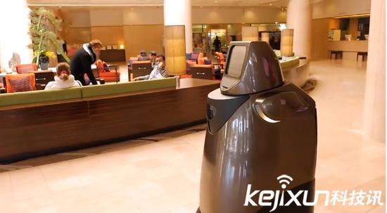 松下HOSPI(R)机器人投入使用 充当机场和酒店服务人员