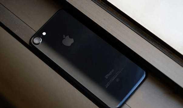 """华为Mate9""""发飙"""": 一夜狂跌""""最低价"""" iPhone7""""很受伤""""2"""