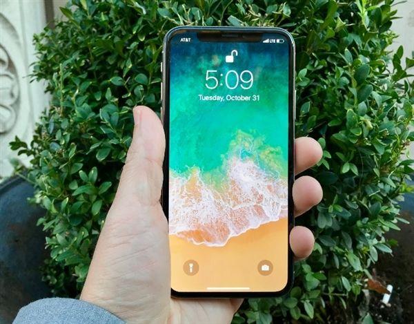 iPhone X人脸识别被吐槽:解锁速度太慢 怀念指纹!