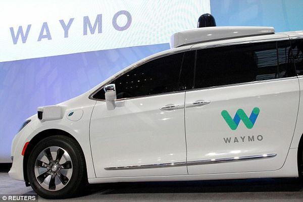 Waymo在凤凰城推出无人驾驶打车服务