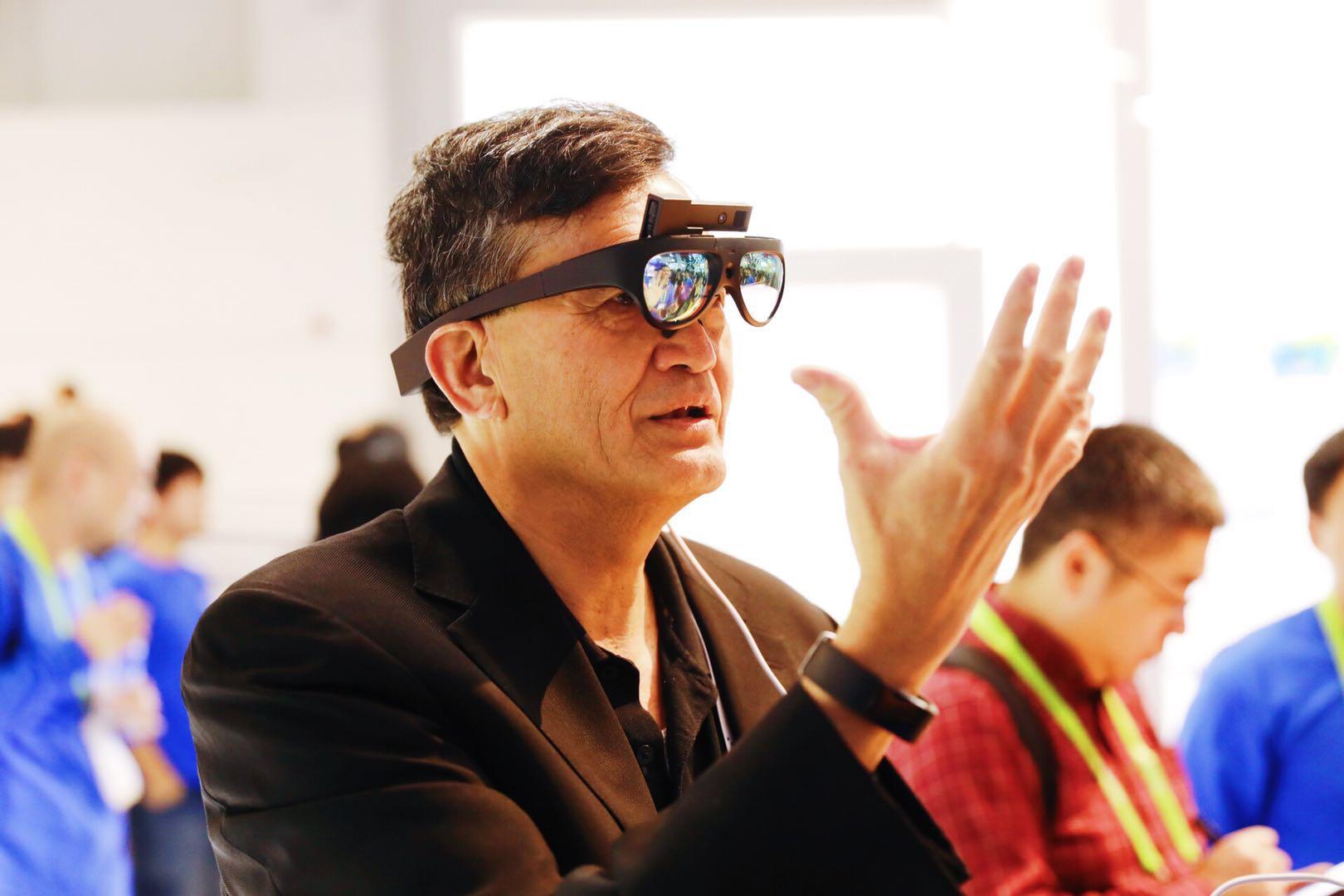 Rokid发布AR眼镜新品 支持人脸识别手势识别等功能
