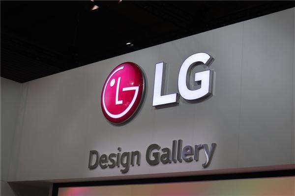 90%+占比刘海屏!LG G7官方渲染图曝光:骁龙845水桶机