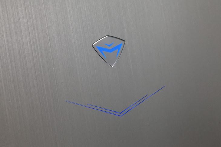 炫酷外观兼备性能 机械师F117-B游戏本图赏
