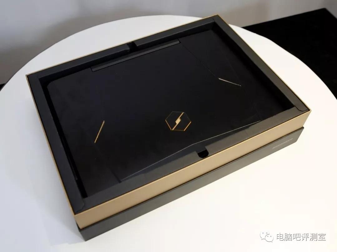 八代U搭配新模具 机械革命X8Ti游戏本评测