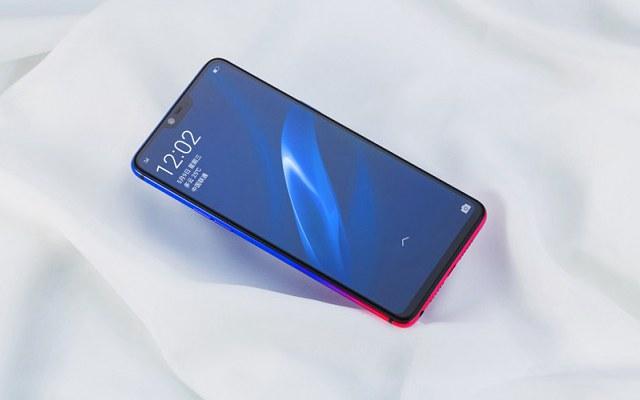 买手机需要注意哪些?别只看全面屏 换新机还要了解这些
