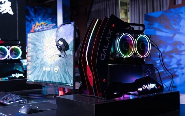 影驰发布旗下首款电竞定制游戏主机 售价11999元