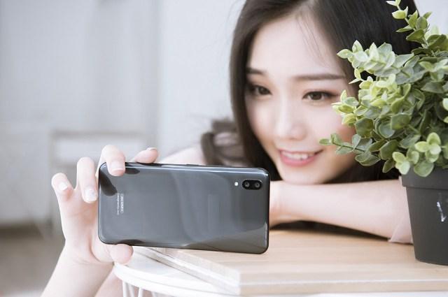 一千五手机哪款好 各品牌1500左右性价比最高的手机推荐