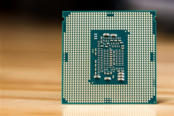Intel酷睿i7-8565U曝光 15W低功耗加速4.6Ghz