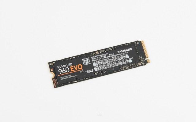 AMD最牛配置 1.6万元R7-2700X+GTX1080Ti高端配置推荐