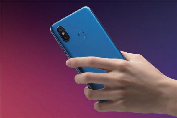 小米8透明探索版上手体验:最酷的小米手机