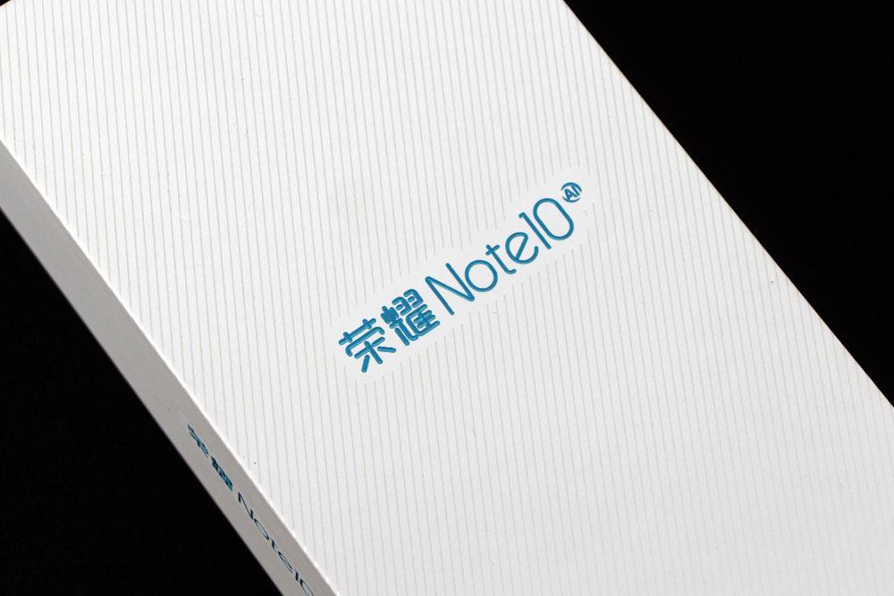 荣耀Note10幻夜黑开箱图赏 不只是大屏(2/10)