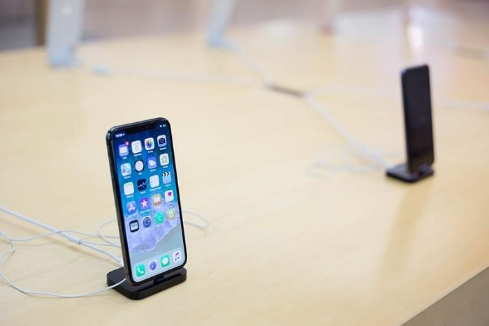 为何我们使用的智能手机会越来越贵?