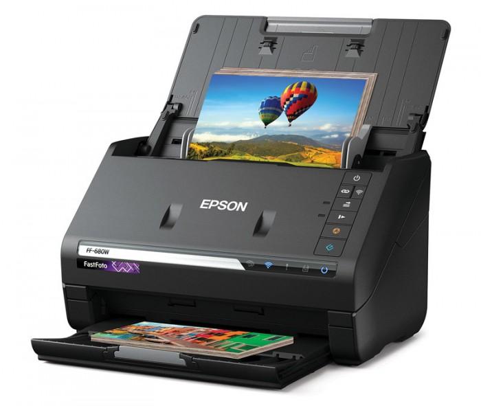 爱普生发布世界最快照片扫描仪FastFoto FF-680W