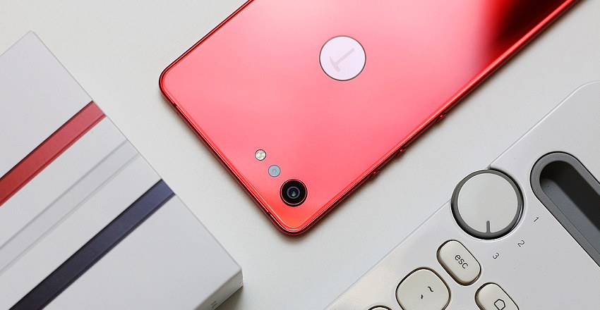 坚果Pro2s精美图赏 高颜值中端手机(4/10)