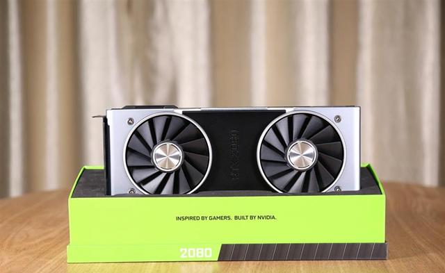 NVIDIA RTX2080显卡开箱图赏 彰显图灵新特性