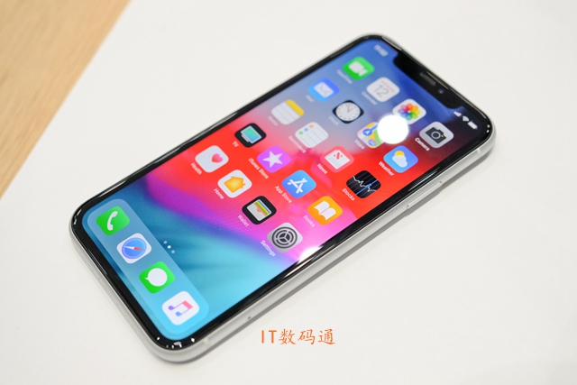 iPhone Xs和X哪个好 iPhone X和iPhone XR区别对比