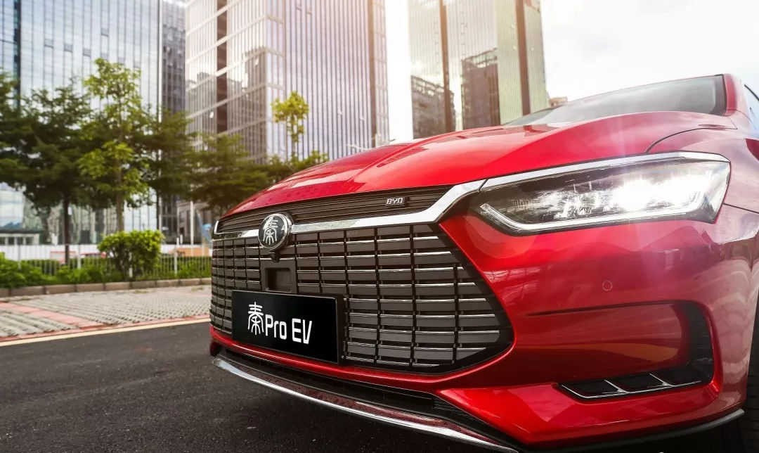 比亚迪首款家轿秦Pro EV500黑科技解密:天生强大