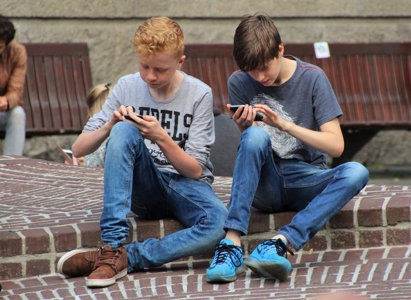 全球首款10GB内存手机!黑鲨游戏手机Helo首发评测:为手游而生