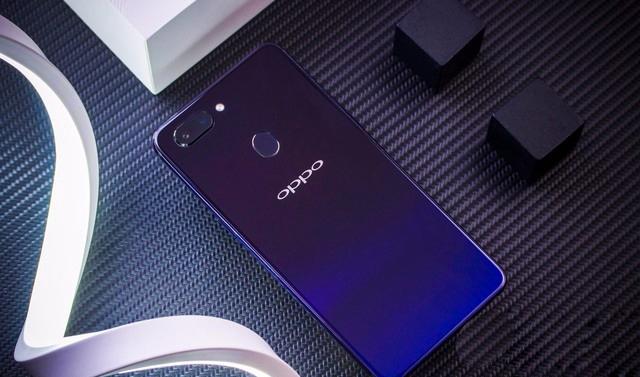 OPPO R15x和OPPO R15区别对比 OPPO R15x和OPPO R15哪个好?