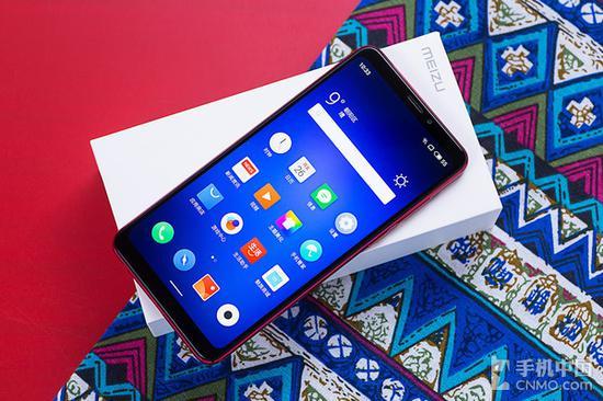 魅族Note8的屏占比依然高达87%