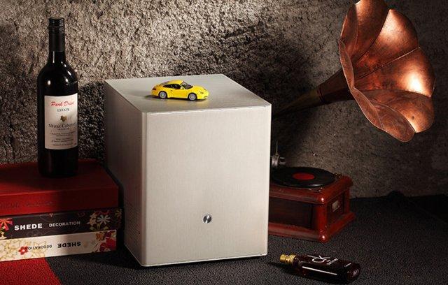 AMD锐龙R3-2200G小巧精致全铝电脑主机配置推荐 适合家用人群