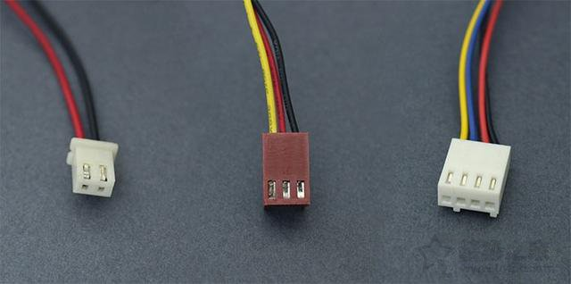 硬件知识科普:2针、3针、4针接口的散热风扇的区别是什么?