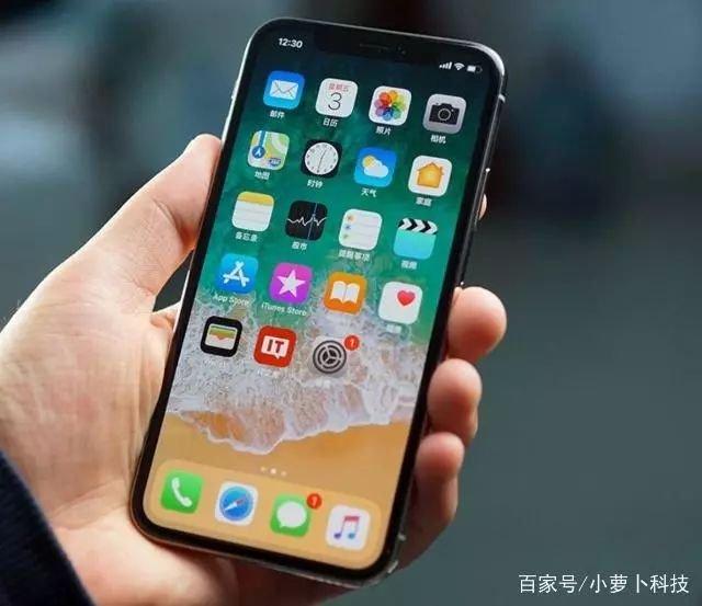 iPhone用户伤不起!苹果iPhone X限速后又出现屏幕问题