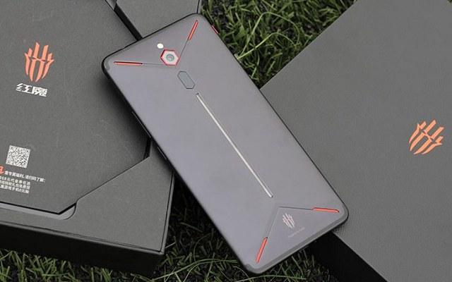 努比亚红魔Mars电竞手机发布:2699元起 为游戏而生