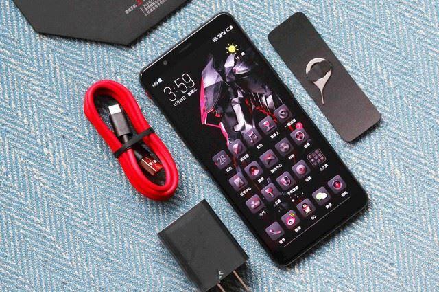 努比亚红魔Mars电竞手机评测