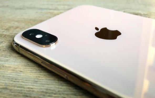 外媒评选2018年全球最佳五款智能手机:华为mate20 Pro排第二!