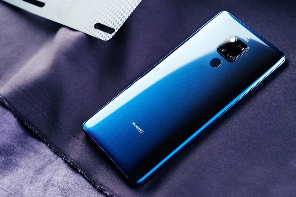 2018年华为手机销量突破2亿台 超越三星成手机老大仍需努力