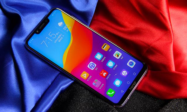 华为荣耀值得买的三款高性价比千元手机推荐 追求极致性价比!