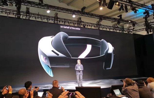 微软全新混合增强现实眼镜Hololens 2发布:搭载骁龙850处理器