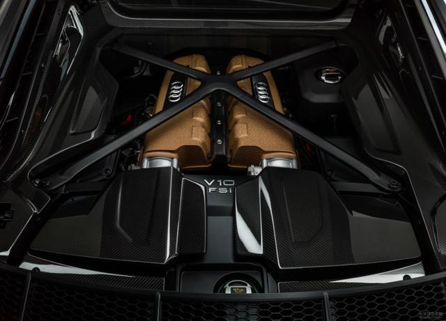 奥迪R8 V10特别版发布:限量222辆,致敬奥迪5.2L V10引擎