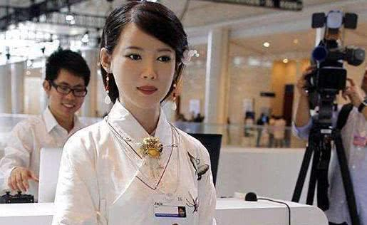 日本创造女性机器人具备女友一切功能 网友:富人不需要,穷人买不起啊!