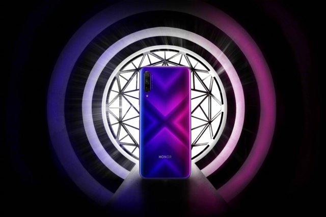 荣耀9X即将正式发布:后置三摄,升降设计,或将采用侧边指纹!
