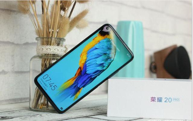 华为最值得买手机推荐:2019华为荣耀高性价比手机有哪些?