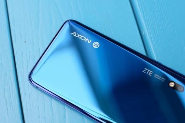 国内首款5G手机正式开卖 本月有两款5G手机上市,最便宜仅4498元
