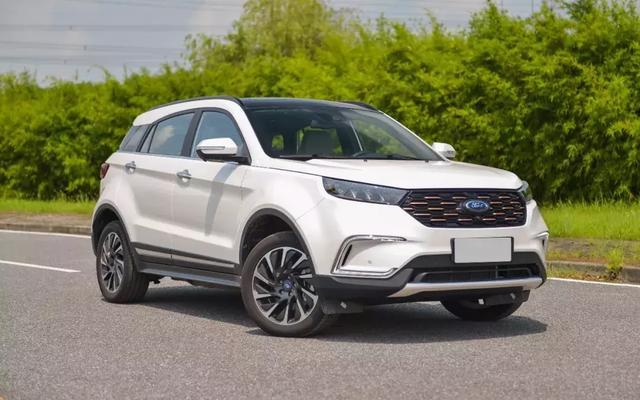 福特首款纯电动SUV车型福特领界EV正式上市,指导价为19.90-22.30万元