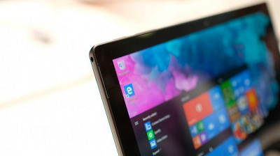 微软将与英特尔联手为双屏笔记本以及同类设备开发共同的标准