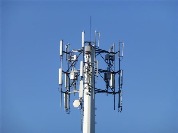 三大运营商11月运营数据对比:移动4G、宽带一骑绝尘