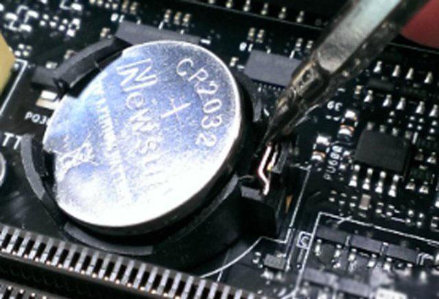 笔记本主板CMOS电池怎么放电?笔记本电脑主板电池放电图解教程