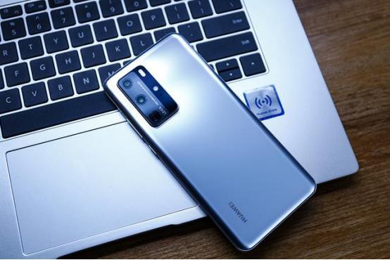 盘点目前最值得买的三款智能手机,苹果华为上榜